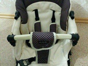 Коляска 2 в 1,  В комплекте: чехлы на колеса, маскитная сетка, дождевик, муфта для рук, матрасик, сумка,  В отличном состоянии,  ПривезуСостояние: Б/у в Архангельске