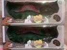 Динозавр на пульте новый