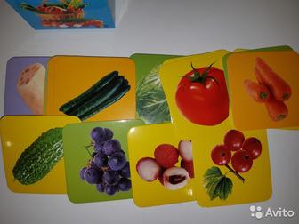 Продам карточки развивающие, тема- овощи, фрукты, 45 штук в наборе, новые, 9х9 смСостояние: Новый в Астрахани