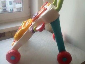 Правильные ходунки - каталка(по совету педиатров дети быстрее начинают ходить с ходунками данного типа,и наступают полностью на ступню в отличие от обычных ходунков в Бийске