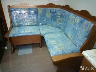 Новый кухонный диван из массива березы,  1,3м*1,3мЗвоните в любое времяМожно забрать по адресу Ленинградская,93 (Гвидон) в Бийске