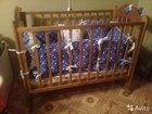 Детская кровать с набором подушечек