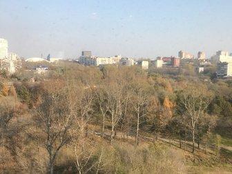 Агентство недвижимости «Дом, Ком», успешно работающее на рынке недвижимости Хабаровска более 11 лет, предлагает рассмотреть приобретение в собственность трехкомнатной в Хабаровске