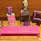 Мебель и аксессуары для кукол и пупсов