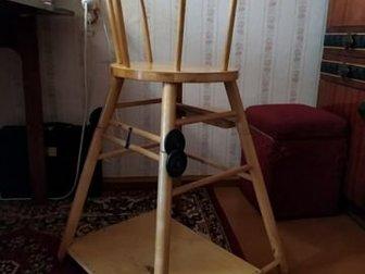 Стул для кормления,трансформер,раскладывается и делается как стол со стуломСостояние: Б/у в Ижевске