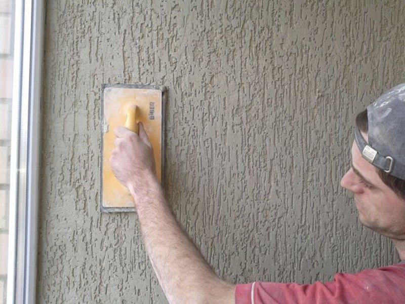 Как отделать стены штукатуркой короедом своими руками. инстр.