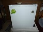 Увидеть фотографию  Продаю Мини холодильник(белый) 39840078 в Кирове