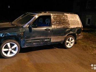 двигатель,  коробка,  подвеска в идеале,   пострадал кузов,   на ходу,   подробности по телефону, Владельцев по ПТС: 3VIN или номер кузова: JF1SF5LJ*WG****17Количество в Костроме