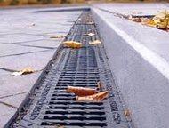 Лотки водоотводные с чугунной царгой DN200 бетонные Ширина гидравлического сечен