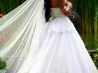 Фотография в Одежда и обувь, аксессуары Свадебные платья Продам шикарное свадебное платье! Размер в Красноярске 40000