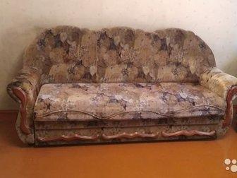 БУ мягкая мебель ,диван и два кресла, в Красноярске