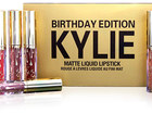 Фото в Красота и здоровье Косметика Kylie Birthday Edition - набор из 6 матовых в Москве 1990