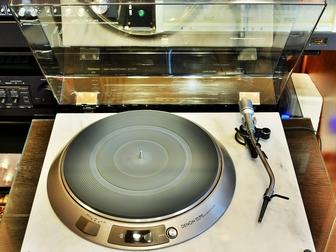 Смотреть foto Аудиотехника Проигрыватель пластинок Denon DP-55L 34904387 в Москве
