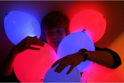 Как сделать светящийся из шарика