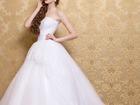 Увидеть foto Свадебные платья Свадебное платье Гвинет с золотым кружевом 38378403 в Москве
