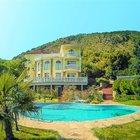 Продается дом-усадьба в Лазурном