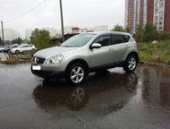 Nissan Qashqai Комплектация :  обивка салона - кожа , цвет салона - темный , лег