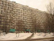 Меняю комнату в Москве Меняю отдельную изолированную комнату 9 кв. м. в двушке 1