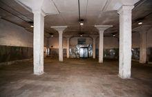 Сдается под склад помещение площадью 460 м2 на пером этаже в