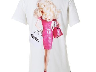 Просмотреть foto Женская одежда Футболка женская Moschino Barbie 33120124 в Москве