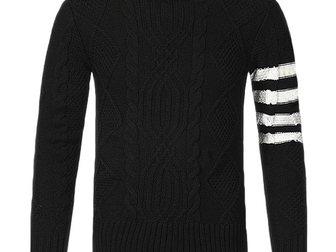 Уникальное изображение Мужская одежда Свитер мужской Thom Browne 33254445 в Москве