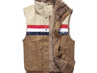 Свежее изображение  Жилетка мужская Dolce & Gabbana 33292696 в Москве