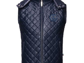 Увидеть foto Мужская одежда Жилетка кожаная Philipp Plein Leather 33303846 в Москве