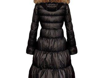 Свежее изображение  Зимнее длинное женское пальто-пуховик от Moncler 33374062 в Москве