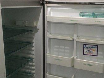 Уникальное фотографию Холодильники Холодильник Ariston B 450 VL, б/у с доставкой 34166149 в Москве