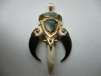 Увидеть фотографию  кулон серебро-золото Медведь авторская работа 35337860 в Москве