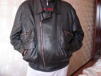 Просмотреть foto  Продаю новую кожаную куртку темно-коричневого цвета 37337702 в Москве