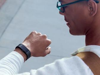 Новое foto  Фитнес-браслет Fitbit Charge 2 special edition 38684967 в Москве