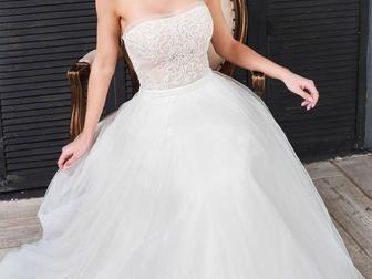 Просмотреть фото Свадебные платья Невероятно красивое свадебное платье от дизайнера 39713551 в Москве