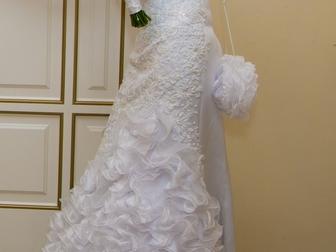 Просмотреть foto Свадебные платья Продаю свадебное платье в отличном состоянии 39736812 в Москве