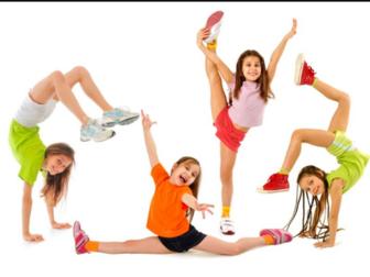 Уникальное фото  Акробатика для дошколят (3, 5-6 лет) 40017882 в Москве