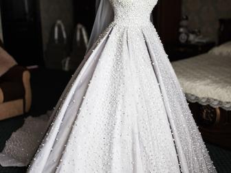 Новое фото Свадебные платья Свадебное платье королевы в идеальном состоянии 42302967 в Москве