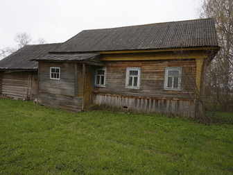 Просмотреть фото Дома Бревенчатый дом в жилом селе, 260 км от МКАД 47831733 в Москве