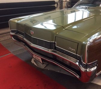 ���������� � ���� ������� ���� � �������� Ford Mercury Marguis 5, 0 ����� 1970��� 13000��. � ������ 850�000