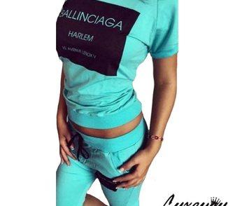����������� � ������ � �����, ���������� ������� ������ �������� ��������� ������ �� Balenciaga. � ������ 4�200