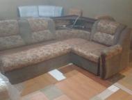 диван угловой б/у боковины на метал защелках  спальное место выдвигается и подым
