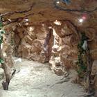 Искусственные гроты, пещеры, скалы
