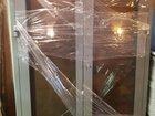 Дверь стеклянная алюминиевая