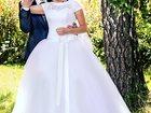 Foto в Одежда и обувь, аксессуары Свадебные платья Продам красивое свадебное платье. Приобреталось в Новосибирске 17000