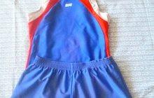 спортивный купальник и шорты для гимнастики