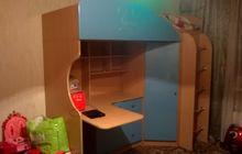Детский комплекс-кровать, шкаф, стол+ матрас