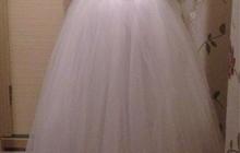 Новое красивое свадебное платье