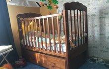 Кровать детская с автоматическим качанием