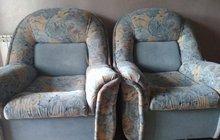 Диван   Два кресла