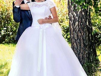 Скачать foto Свадебные платья Красивое свадебное платье 33594285 в Новосибирске