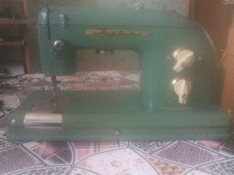 Свежее фотографию Швейные и вязальные машины Продам швейную машинку Тула 35231759 в Новосибирске